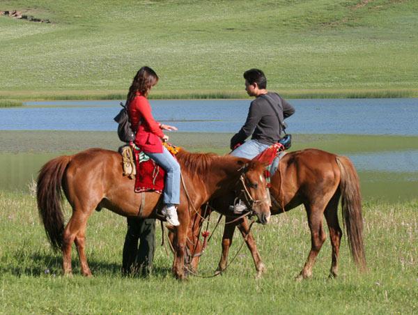 坝上草原娱乐-草原骑马